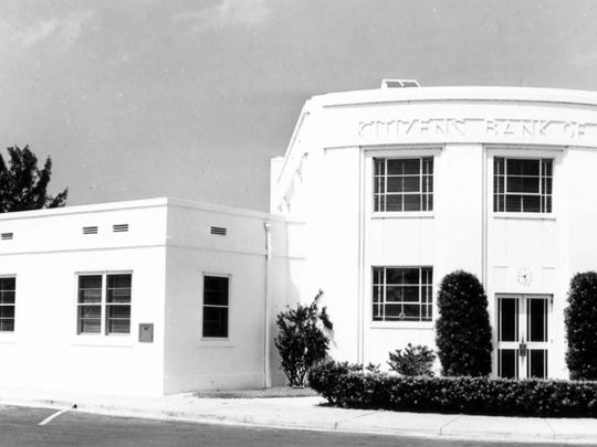 Citizens Bank with its new additions in 1949