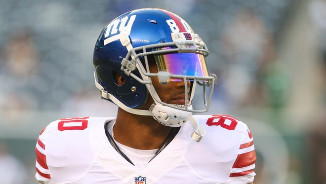 New York Giants wide receiver Victor Cruz (80) warms up before his NFL football game against the New York Jets Saturday, Aug. 27, 2016, in East Rutherford, NJ. The Giants won 21-20.