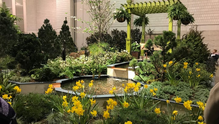 UD, Irwin exhibits turn heads at Philly Flower Show