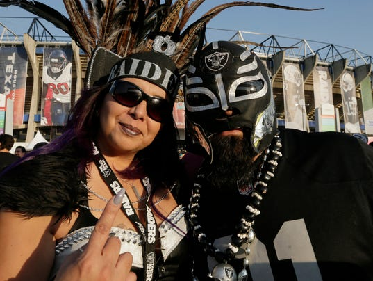2016-11-21-raider-nation-mexico