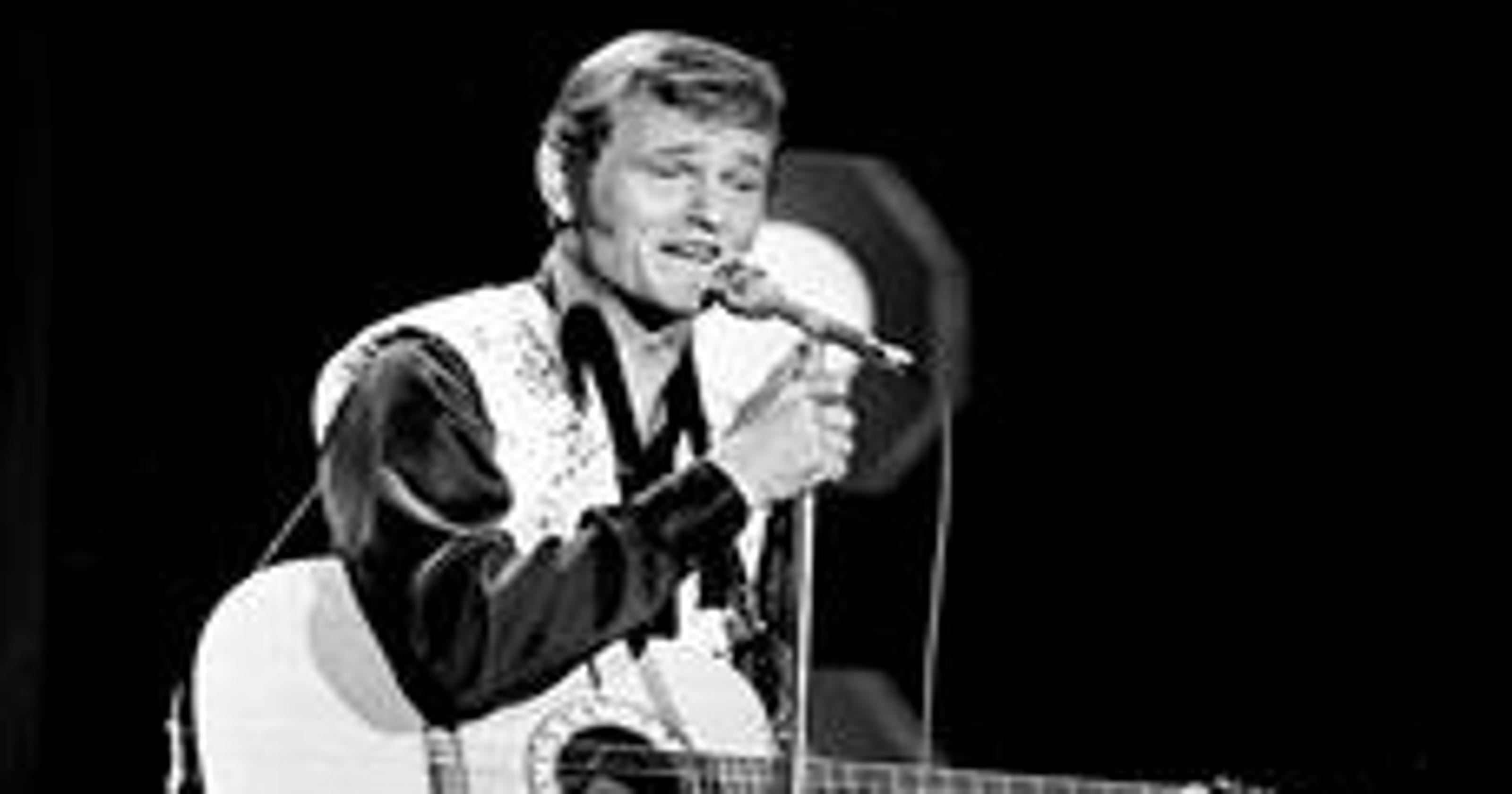 in tribute to jerry reed guitar pickers set to play in reed 39 s honor. Black Bedroom Furniture Sets. Home Design Ideas