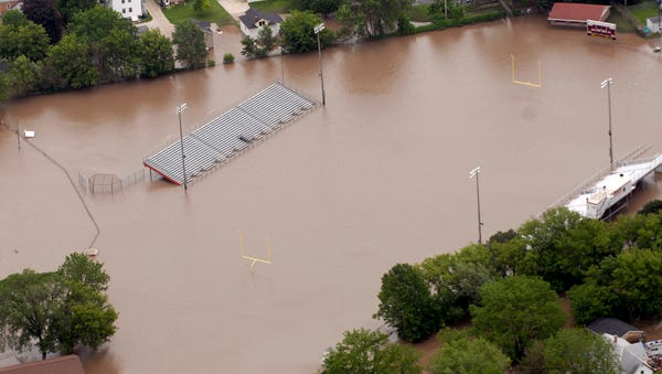 Aerial views of the flooding in Fond du Lac. Friday, June 13, 2008.