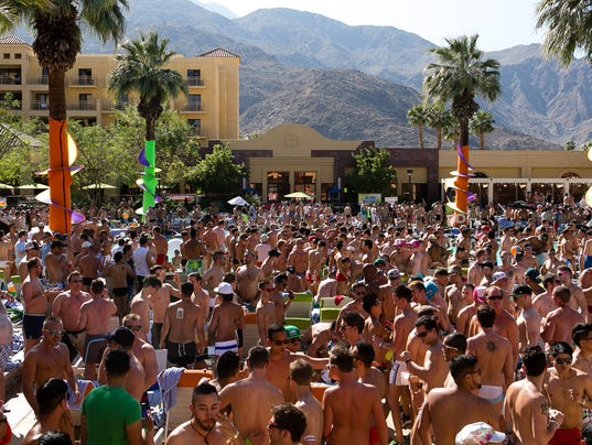 Splash Pool Party at Renaissance Palm Springs
