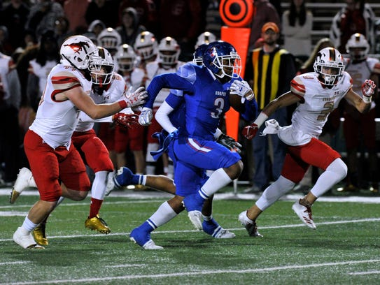Cooper High School running back Tyrees Whitfield sprints