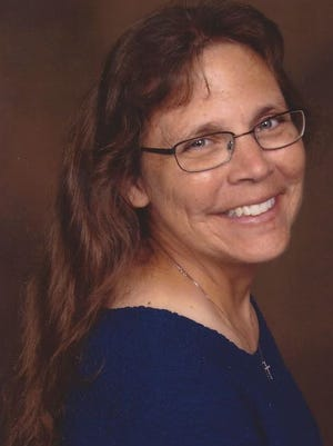 Sarah Jean Schwartz; wife, mother, daughter, sister, friend, and adventurist lost her battle with cancer on 20-Oct-2014 after living a short 46 years.