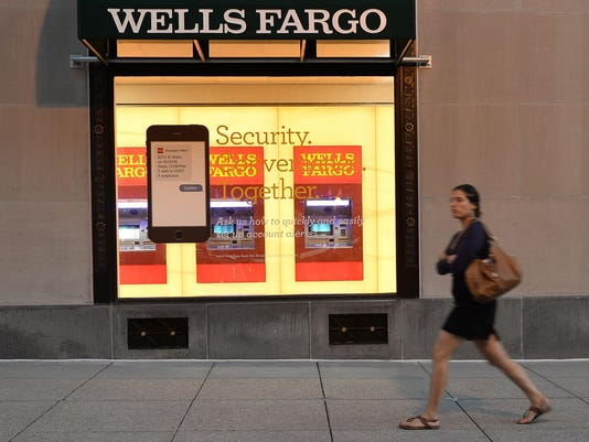 FILES-US-BANKING-LAYOFFS-WELLSFARGO