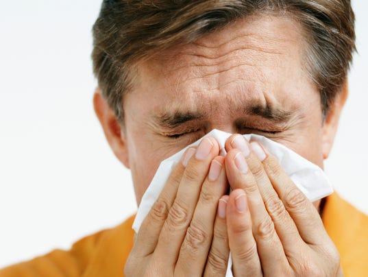 mansneezing