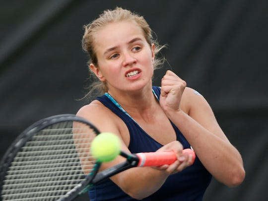 Sydney Jacobsen helped Harrison win a sectional title last season.