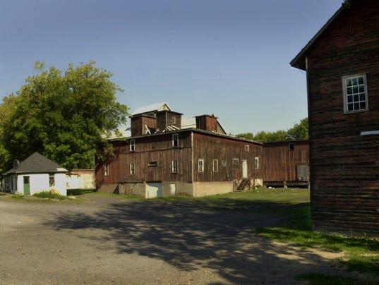 PITTSFORDBean Mill BUILDING
