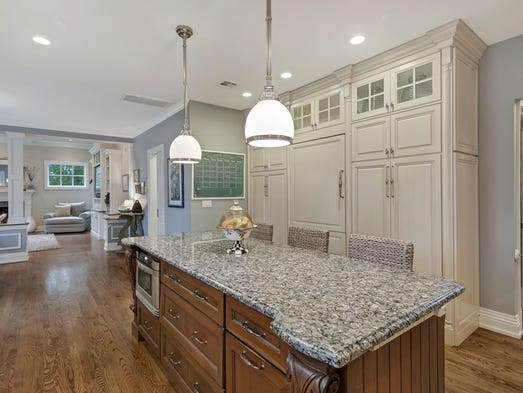 1 9m Rumson Mansion Has Wow Factor