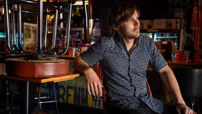Charlie Worsham poses at the 5 Spot in Nashville on March 29, 2017.