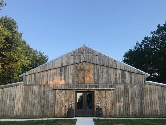 Firefly - barn