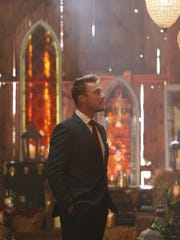 The Bachelor Chris Soules prepares to make one of the