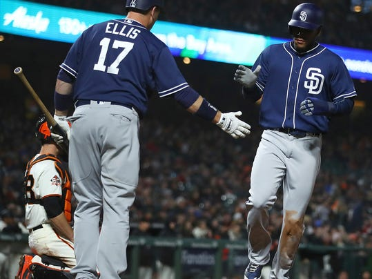 Padres_Giants_Baseball_11278.jpg