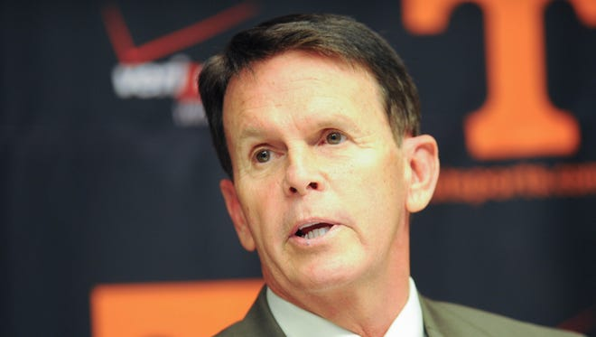 Tennessee athletics director Dave Hart