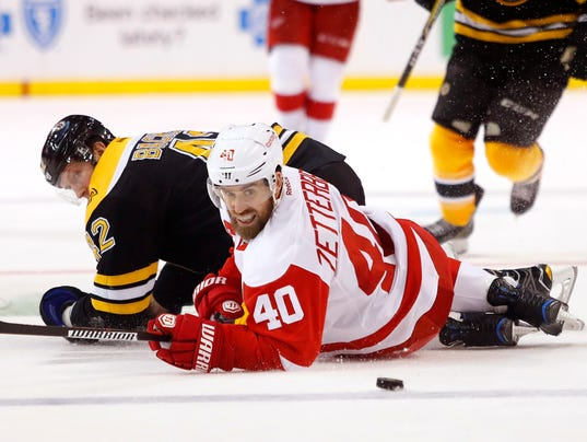 NHL: Detroit Red Wings at Boston Bruins