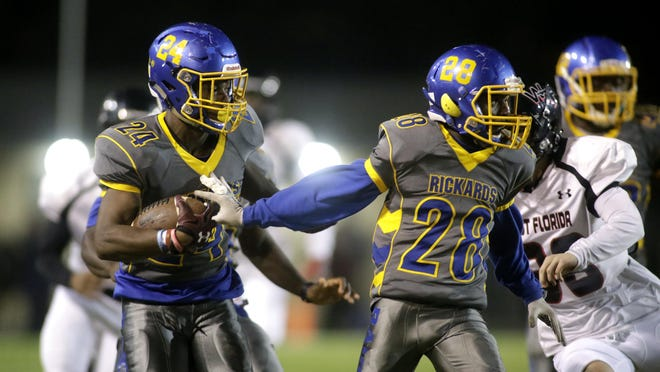 Rickards defensive back Tavyn Jackson returns a kickoff during the Raiders' comeback playoff win over West Florida last Friday.