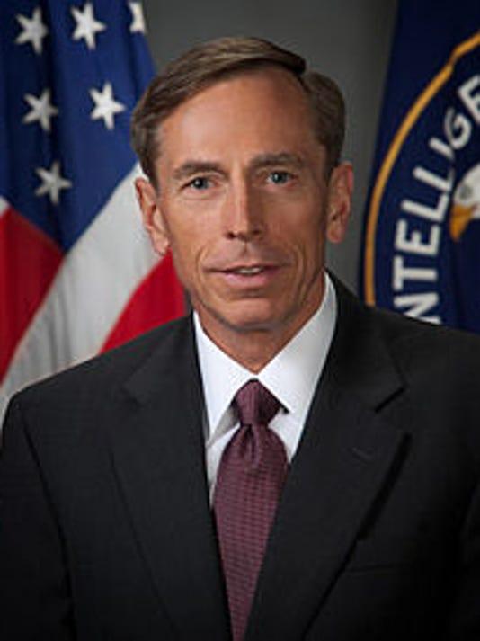 636100503808555171-David-Petraeus.jpg