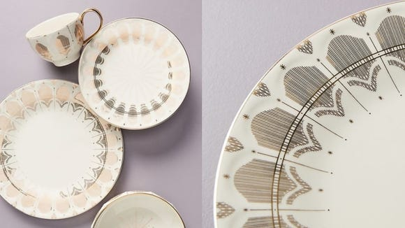 Mix up your place settings with these Art Deco plates.
