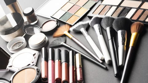The 10 most returned holiday gifts: Makeup.