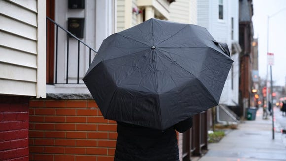 The Totes portable umbrella was just the right value for its superior wind and rain protection.
