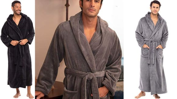 10 Popular Bathrobes People Are Obsessed With
