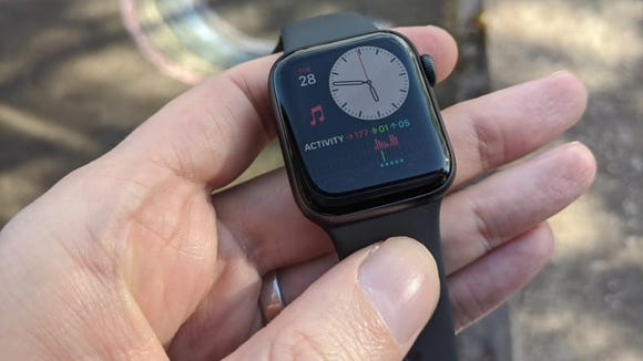 Apple Watch Series 5 Activity