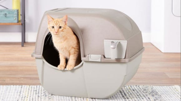 This litter box is designed to be rollable, but it will stay sturdy and upright while your cat is using it