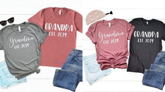 Whether it's for an announcement or a photo op, grandparents will love these t shirts.