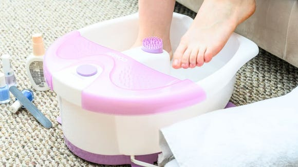 For a simple, cheap, and easy-to-clean foot soak, this spa can't be beat