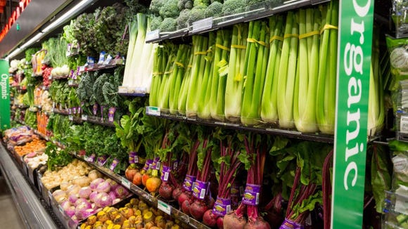 Whole Foods shoppers score 5% on groceries—and Amazon Fresh orders, too.