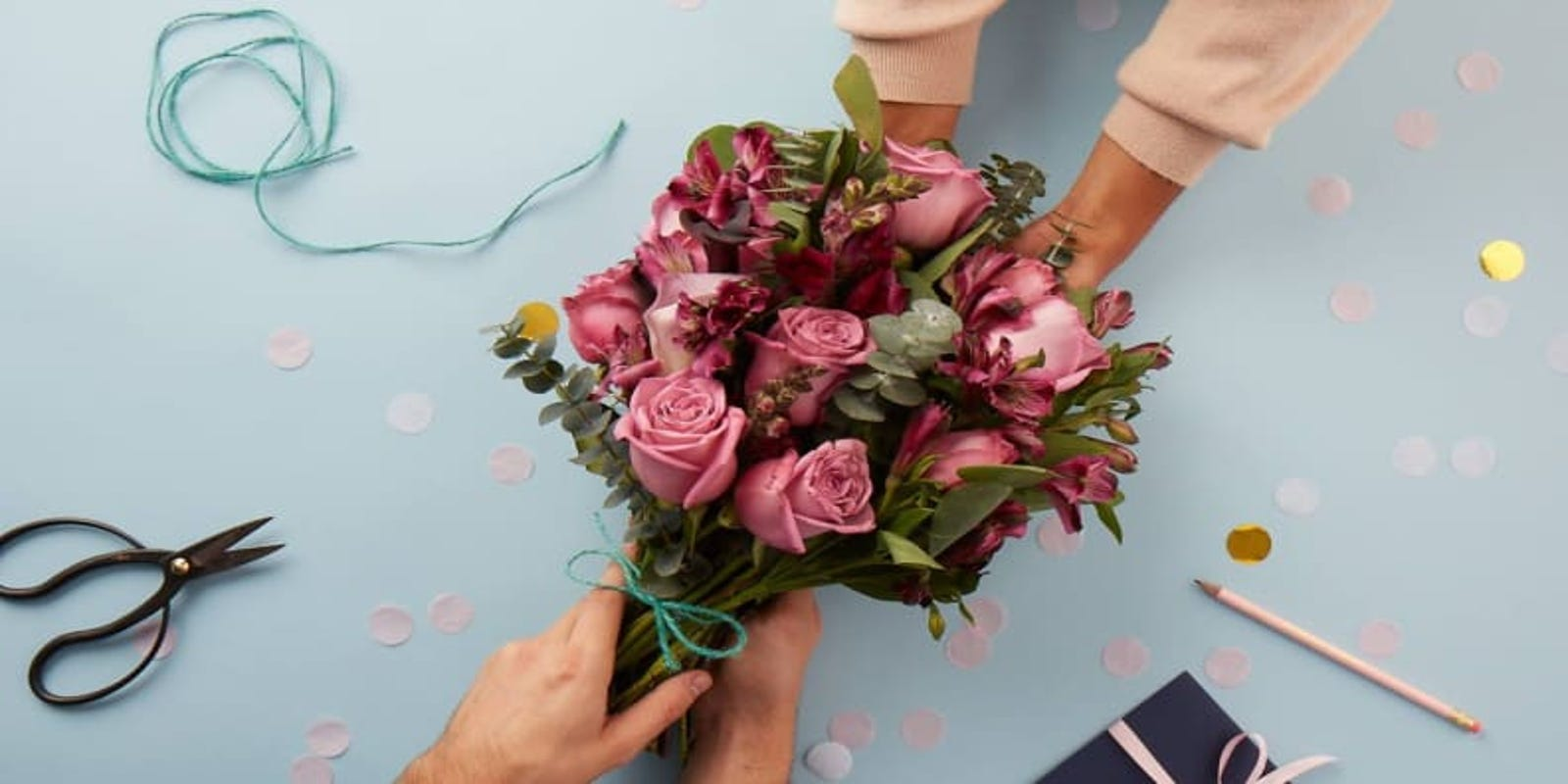 You can get a huge discount on Valentine's Day flowers right now—here's how