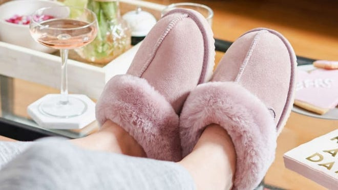 These Dearfoams slippers are seriously dreamy.