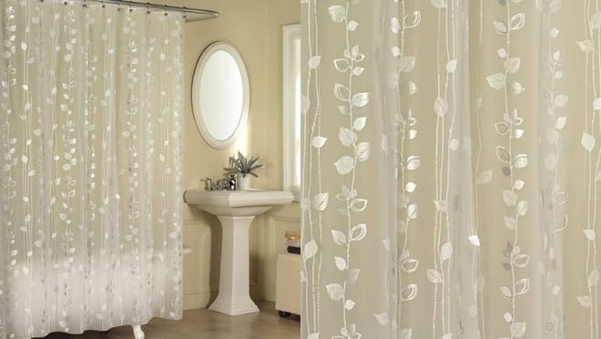 A chic ivy-print shower curtain.
