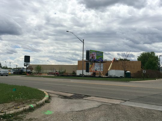 A new Dollar Tree location is under construction in the 1900 block of Main Street, near Lime Kiln Road. The site was a Pizza Hut for more than 30 years
