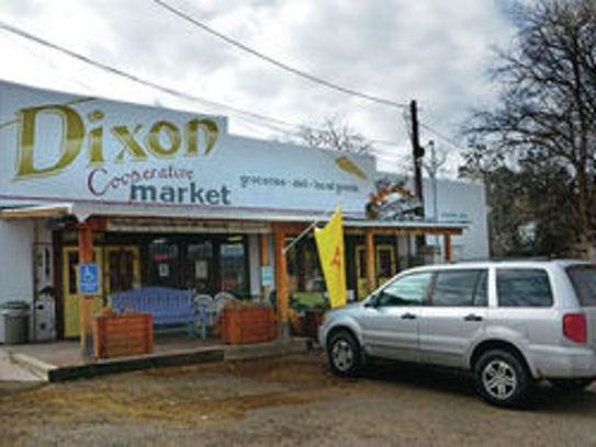 The Dixon Cooperative market, a vineyard and a grainery