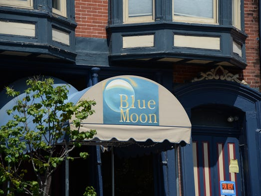 York Blue Moon will offer lunch options, including