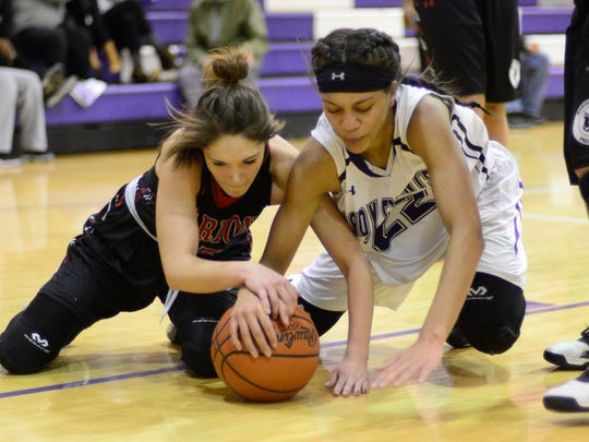 Jazmin Bulger and Fremont Ross fight their way through difficult times.
