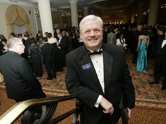 Ed Pease, president of the Indiana Society of Washington,