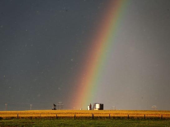 tornado_rainbow_ok_18jpg