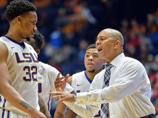 LSU coach Johnny Jones gets Craig Victor II (32) back