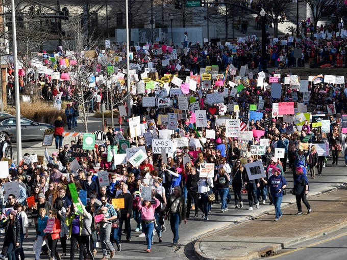 Thousands march from Public Square Park to Bicentennial