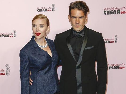 Scarlett Johansson celebrates fiance's birthday