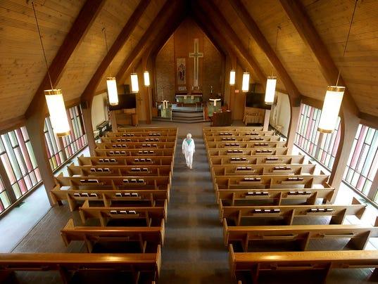 Lutheran-Church-Closing-01.JPG