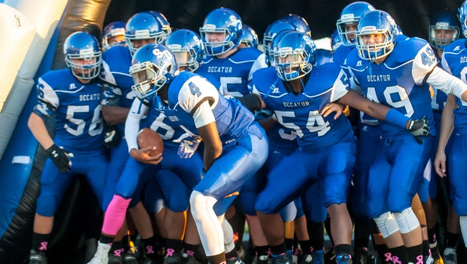 Stephen Decatur prepares to take the field against Queen Anne's on Thursday night at Stephen Decatur.