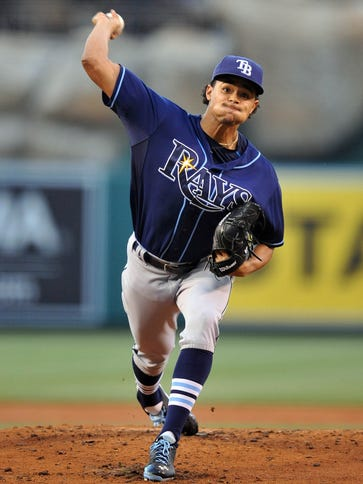 Tampa Bay Rays starting pitcher Chris Archer (22) pitches