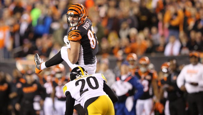 Cincinnati Bengals tight end Tyler Kroft (81) comes down with a catch in the first quarter during the Week 13 NFL game between the Pittsburgh Steelers and the Cincinnati Bengals, Monday, Dec. 4, 2017, at Paul Brown Stadium in Cincinnati.