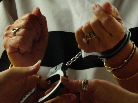 WO_Handcuffs