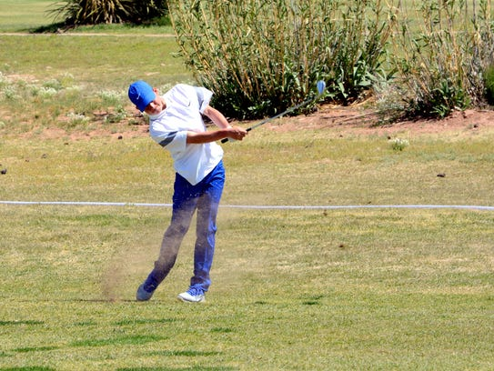 Carlsbad's Jake Bowen swings on the 12th green Tuesday