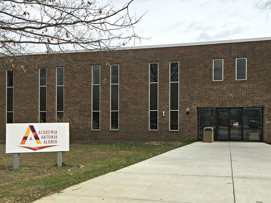 Academia Antonia Alonso has moved to building 26 in the Barley Mill Plaza near Greenville.